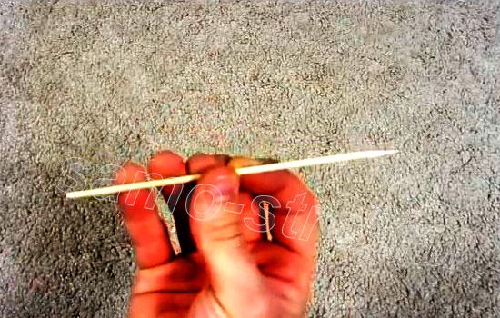Самодельный мини арбалет - Стрела из бамбуковой шпажки